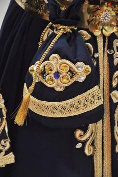 Bleu marine bleu marine et or caftan marocain robe avec