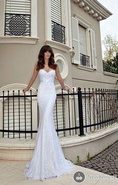 Wedding dress Julie Vino 2013. Beyond beautiful bridal gown! Sleek, long, figure huffing, detailed.