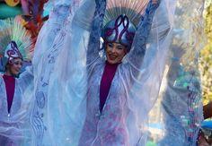 Smiles all around!!! #Disney #soundsational #disneyparade #disneyperformer #dlr #disneylandresort #disneygram #disneyside #disneyland #disneyland60 #ariel #thelittlemermaid #underthesea by spencerindisney