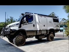 Off Road Camping, Van Camping, Camping Stuff, Camping Ideas, Iveco 4x4, Expedition Truck, Outdoor Stuff, Ways To Travel, Rat Rods