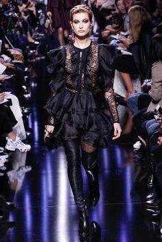 Elie Saab Autumn/Winter 2017 Ready to Wear | British Vogue