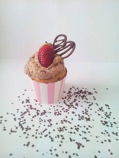 Chocooo LOVE Pudding, Cupcakes, Desserts, Food, Meal, Custard Pudding, Cupcake, Deserts, Essen