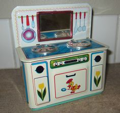 Vintage Metal Tin Kitchen Stove Oven w/ Mirror Toy