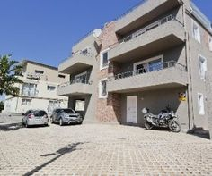 R 1,995,000 - 2 Bed Flat For Sale in Wynberg Upper