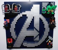 """LEGO The Avenger`s  """"Picture on the Wall"""" by Brucewaynelego-Toyshansolo, via Flickr"""