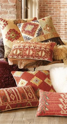 Kilim Pillows Fill your home with the timeless patterns, colors, and textures of our authentic Kilim Throw Pillows.Fill your home with the timeless patterns, colors, and textures of our authentic Kilim Throw Pillows. Southwestern Home, Southwestern Decorating, Southwest Decor, Southwest Style, Diy Pillows, Kilim Pillows, Decorative Pillows, Boho Throw Pillows, Kilim Ottoman