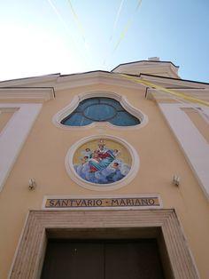 """""""Santuario della Madonna delle Grazie"""", Corricella, Isola Procida,Italia (Maggio)"""