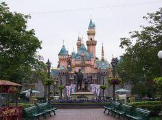 Disneyland, CA   1983
