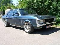 Granada Limo Mustang V8