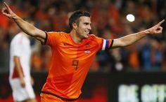 Robie van persie los guapos del mundial 2014 pinterest van van persie uno de los goleadores del mundial brasil 2014 fandeluxe Document