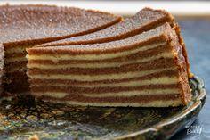 Spekkoek bakken – recept - Rutger Bakt