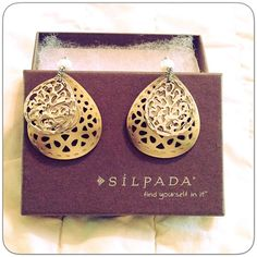 """SILPADA EARRINGS Retired w1525. Mother of pearl with Sterling silver filigree. And a pretty big pearl. 2.25"""" total. 1.25"""" wide. Nib Silpada Jewelry Earrings"""