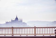 Budapest in mist © Stuth Nagy Nikoletta