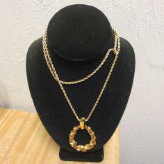 Vintage Trifari Enameled Necklace #Trifari
