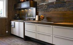 Femund Oppstue variant Mountain Cottage, Kitchen Cabinets, Google, Home Decor, Kitchen Things, Decoration Home, Room Decor, Kitchen Base Cabinets, Dressers