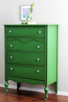 green painted furniture pics | Pawleys Island Posh: Emerald Green Painted Furniture