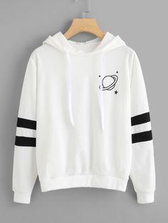 hoodie outfit school PIN AU Hoodies 20180416 E Teen Fashion Outfits, Mode Outfits, Outfits For Teens, Tomboy Outfits, Dress Outfits, Summer Outfits, Fashion Dresses, Crop Top Hoodie, Cute Hoodie