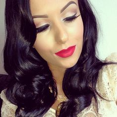 Retro waves and red lips make-up look