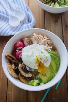 Anything Goes Noodle Bowls - Frosting & Fettuccine