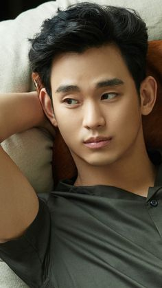 ZioZia summer 2017  #KimSooHyun #김수현 Kim Soo Hyun 2017, Hyun Soo, Asian Actors, Korean Actors, Dramas, Song Joon Ki, My Love From Another Star, Sexy Asian Men, Handsome Faces