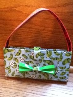 4 Ways to Make a Duct Tape Purse - wikiHow Duct Tape Crafts, Washi Tape 7798afa05a