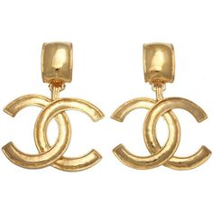 Pre-owned Chanel Large CC Dangling Earrings (10 075 SEK) ❤ liked on Polyvore featuring jewelry, earrings, dangle earrings, preowned jewelry, logo earrings, long earrings e pre owned jewelry