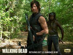 Daryl Dixon (Norman Reedus) y Michonne (Danai Gurira) -  The Walking Dead  #TheWalkingDead #TWD #Zombies #Zombis #series #DanaiGurira  #NormanReedus #DarylDixon;