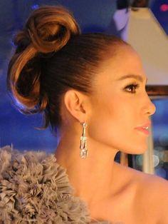 Jennifer Lopez's Updo