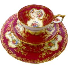 Aynsley Paramount exquisite teacup trio, roses & red - Floral porcelain teacup and plate - teacup