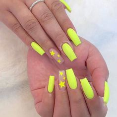 Spring is here, and it& time for fashionable girls to start experimenting with new nail ideas.Coffin nail continues to return to the trend of Manicure! We have collected 39 acrylic coffin nail designs for you, the most fashionable girl is you! Acrylic Nails Coffin Short, Summer Acrylic Nails, Best Acrylic Nails, Coffin Nails, Acrylic Art, Summer Nails, Acrylic Nail Designs For Summer, Acrylic Nails Yellow, Neon Nail Designs