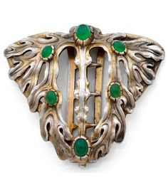 AN ART NOUVEAU CHRYSOPRASE AND SILVER BUCKLE, BY VEVER, CIRCA 1900. Signed Vever and numbered.
