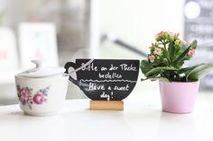 FoodFriday – Feenwolke und Zuckerguss Linz kessyandjoey.com Kitsch, Letter Board, Place Cards, Place Card Holders, Lettering, Linz, Fairy, Clouds, Letters