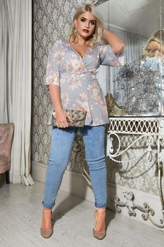 Spring Outfits Plus Size Summer Outfits - - Curvy Outfits, Mode Outfits, Casual Outfits, Fashion Outfits, White Outfits, Size 16 Fashion, Curvy Fashion, Plus Size Fashion For Women Summer, 50 Fashion