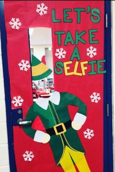 19 Cute Christmas Classroom Doors to Welcome the Holidays In - Southern Living door decorations for school winter 19 Christmas Classroom Doors to Welcome the Holidays Christmas Door Decorating Contest, School Door Decorations, Office Christmas Decorations, Christmas Classroom Door Decorations, Welcome Door Classroom, Thanksgiving Classroom Door, Thanksgiving Door Decorations, Holiday Classrooms, Class Decoration