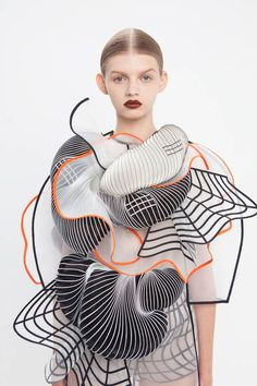 "With ""Hard Copy - Graduate Collection"", the world of fashion and design meets again the 3D printers, revealing amazing, geometric and light shapes. The designe"