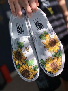 Vans Shoes Women, Custom Vans Shoes, On Shoes, Girls Shoes, Shoe Boots, Vans Shoes Fashion, Vans Men, Painted Canvas Shoes, Custom Painted Shoes