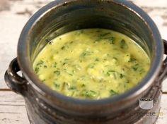 Sos Gribiche - Sosul este foarte potrivit pentru gratar. Merge bine mai ales cu un peste la gratar sau cu orice carne de pui la gratar. De asemenea il puteti folosi peste cartofi noi fierti.