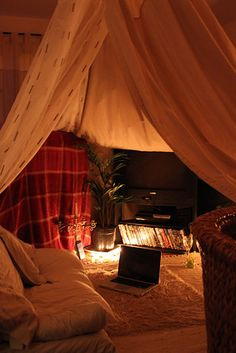 You can even give your cozy little cinema ~vaulted ceilings~. | 21 Blanket Forts To Shelter You From Adulthood