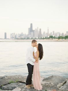 #Chicago #engagementphotography http://www.stylemepretty.com/illinois-weddings/chicago/lincoln-park/2014/10/01/lincoln-park-summertime-engagement/ | Photography: Britta Marie - http://brittamariephotography.com/