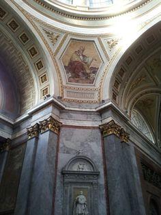 Pope Augustinus -Esztergom basilica European Travel, Budapest, Barcelona Cathedral, Memories, Paris, Building, Hungary, Memoirs, Souvenirs