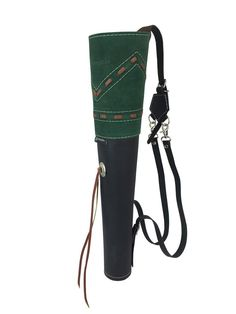 63.99$  Buy now - http://ali5o4.worldwells.pw/go.php?t=32616611845 - ArcheryMax Traditional High-grade Green Suede Back Arrow Pot Quiver,Three Fixed-back Archery Product for Hunting(19.7 Inches)