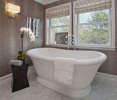 дизайн ванной комнаты с окном в частном доме - Поиск в Google