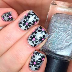 Cute Flower Nail Designs to Try This Summer ★ See more: https://naildesignsjournal.com/flower-nail-designs/ #nails