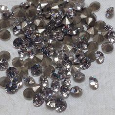 Swarovski Pointed Back Crystal  #nailsupply#nailbling#swarovskinails #Padgram
