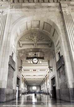 The elegant high arches and ceilings of Union Station, Kansas City Missouri