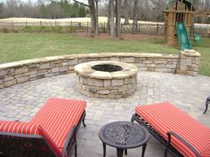 Small masonry firepit with paver patio, stone seat walls and low voltage landscape lighting. Garden Lighting Diy, Boho Lighting, Lounge Lighting, Landscape Lighting, Lighting Ideas, Landscape Photos, Patio Wall, Diy Patio, Backyard Landscaping