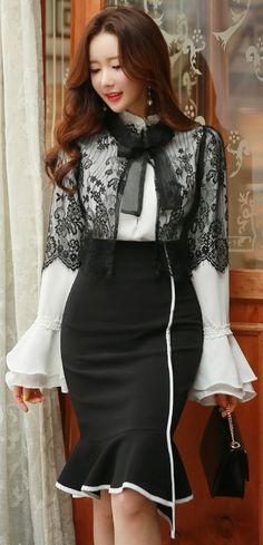 StyleOnme_White Trim Asymmetrical Mermaid Hem Skirt #blackandwhite #pencilskirt #elegant #feminine #lace #koreanfashion #kstyle #seoul #springtrend #skirt