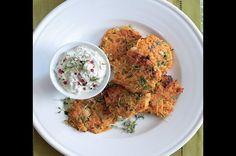 Mrkvové placičky s bylinkovým dipem Fried Rice, Fries, Low Carb, Meat, Chicken, Vegetables, Cooking, Healthy, Ethnic Recipes