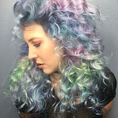 Situated somewhere snugly between ethereal and grunge....Victorian Grunge?@kenraprofessional diluted Neons used, @brazilianbondbuilder added and I micro-curled @katiehodges_ fine hair with an itty bitty iron for all this airy texture. I gots a full tutorial coming out of my channel soooon ⚡️#curls #curlyhair #pastel #grunge #haircolor #hairstyle #hair #neonhair #b3 #kenraneons #pastelhair #hair #model #lamodel #tutorial