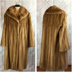 3b2bc619edb High Quality Mink EMBA Autumn Haze Vintage 1960s Fur Coat with Shawl... (